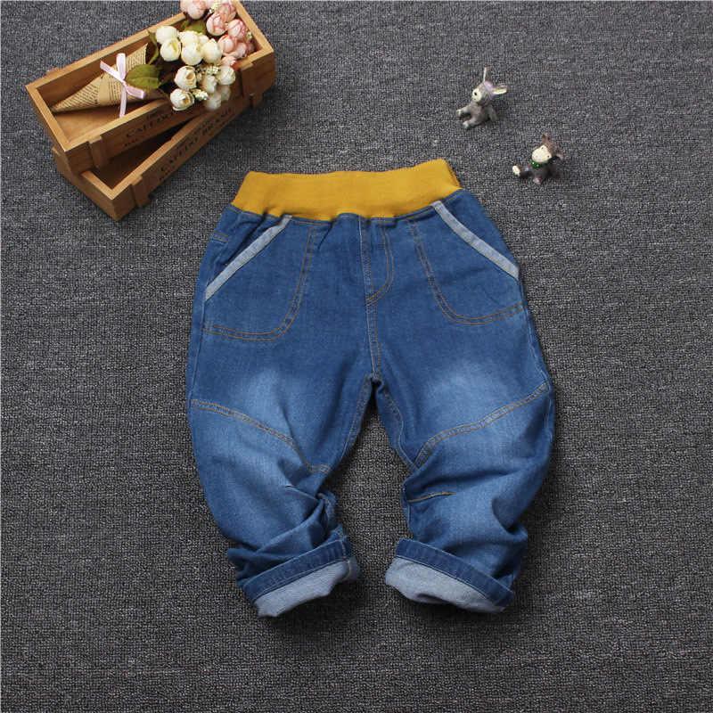 0f272febaeda6 Retail Boys Girls Jeans 2018 Denim pants Children Casual kids elastic waist  straight fit jeans Full Length Trousers 8 style 2-7Y