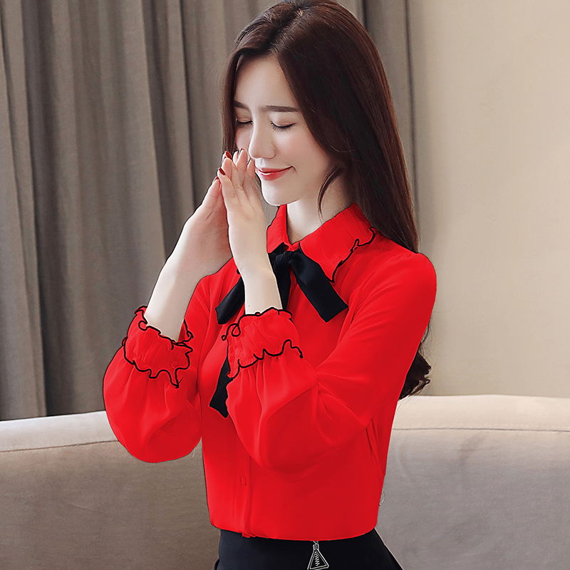 The new 2019 spring doll bowknot chiffon shirt collar fashion tops spring model