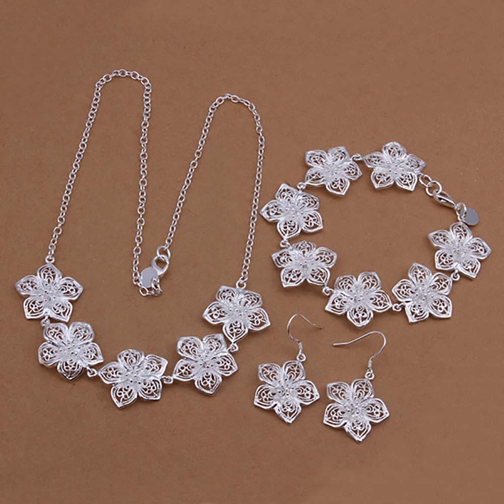51f59252adf0 Venta al por mayor 925 joyería de plata plateado conjunto de joyas flor  exquisita collar pulsera pendiente para las mujeres