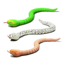 Practical Jokes RC Snake Toy Creative Simulation Electronic Remote Control Animal Trick Terrifying Mischief Prank Gift Model