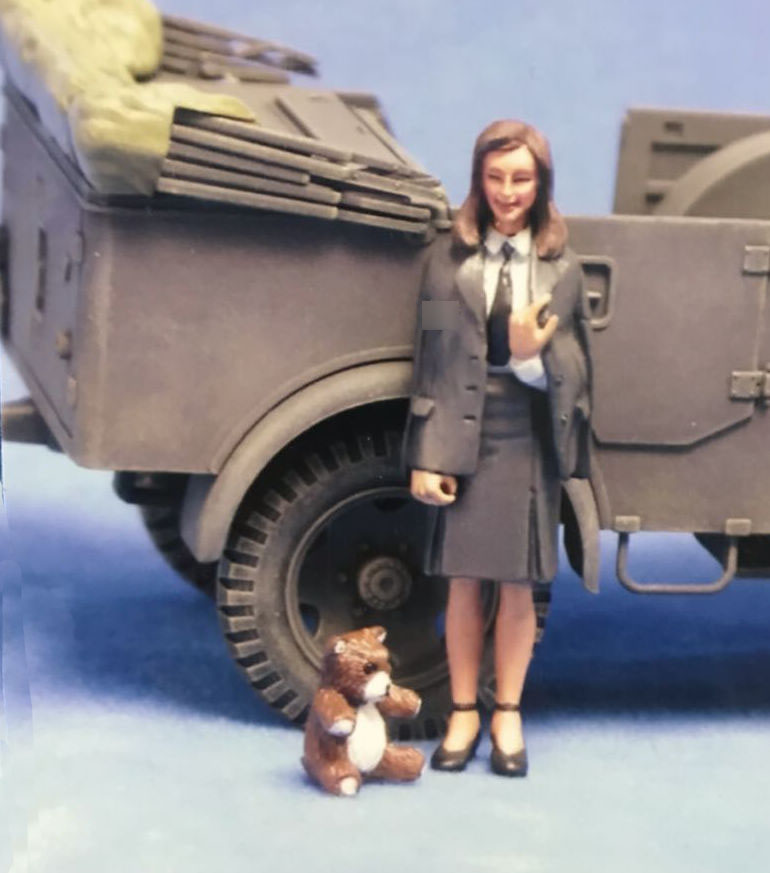 Good quality and cheap 1/35 female figures in Store Xprice