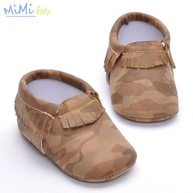 Zapatos del Bebé 2017 Nuevo Bebé Mocasines Flecos Botines para Recién Nacidos de Camuflaje Niño Zapatos Inferiores Suaves de Algodón de Bajo Tubo 0-1Y