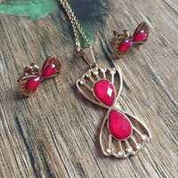 Trendy Statement Red Stone Butterfly Long Necklace Women New Gold Color Jewelry Bow Tie Pendant Necklace