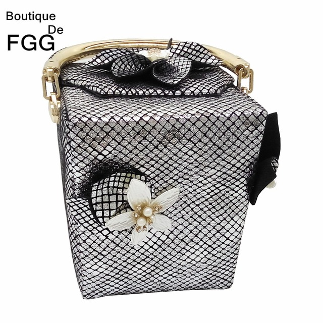 Famous Brand Women Mini Fashion Totes Bag Striped Flower Beaded Gift Box Shape Clutch Handbags Ladies Evening & Day Clutches Bag