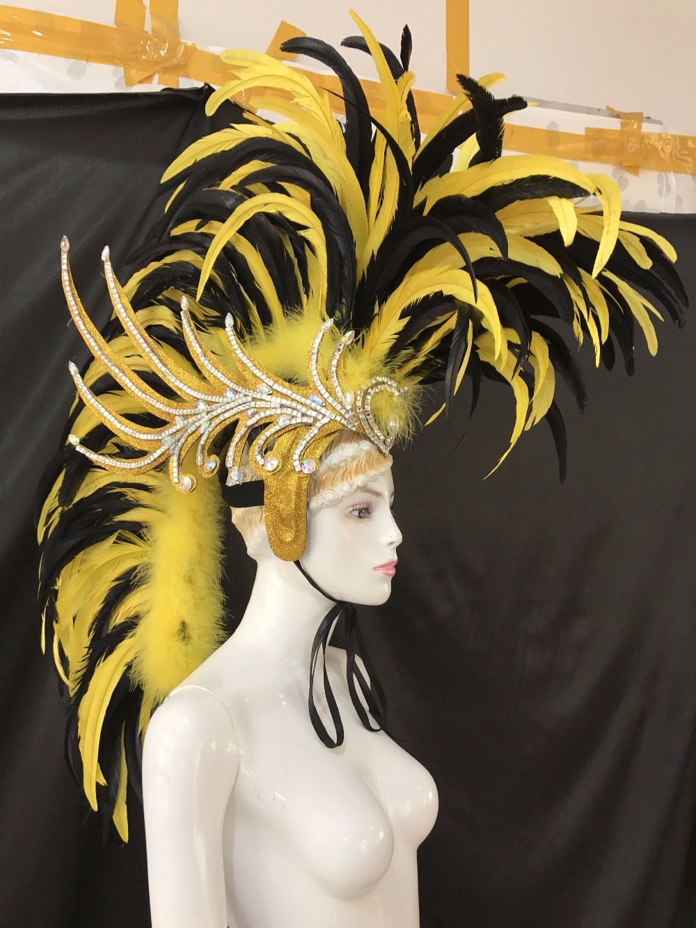 Image 4 - إذا كنت ترغب في الحصول على نسخة مجانية من مهرجان abbigliamento La FESTA La Maschera ILaccessories blackberryfestivalaccessories mp3 -