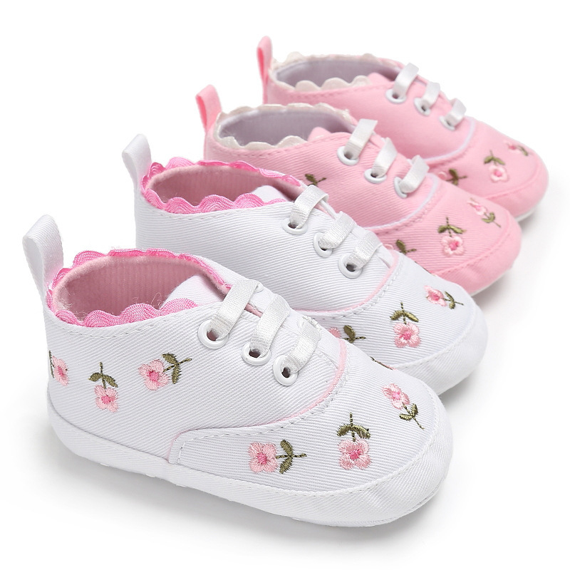 Toddler Newborn Baby Crib Shoes Flowers Embroidery Princess Baby Soft Sole Anti-Slip Prewalker For Baby Girls First Walk