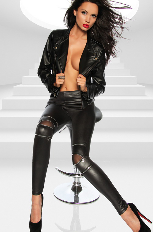 sexy-naked-girls-in-leather-jackets