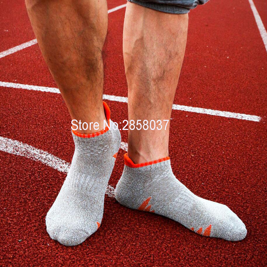 Summer Professional Men Sport Non slip Socks Running Camping Sock Quick Dry Calcetines Climbing Gym font