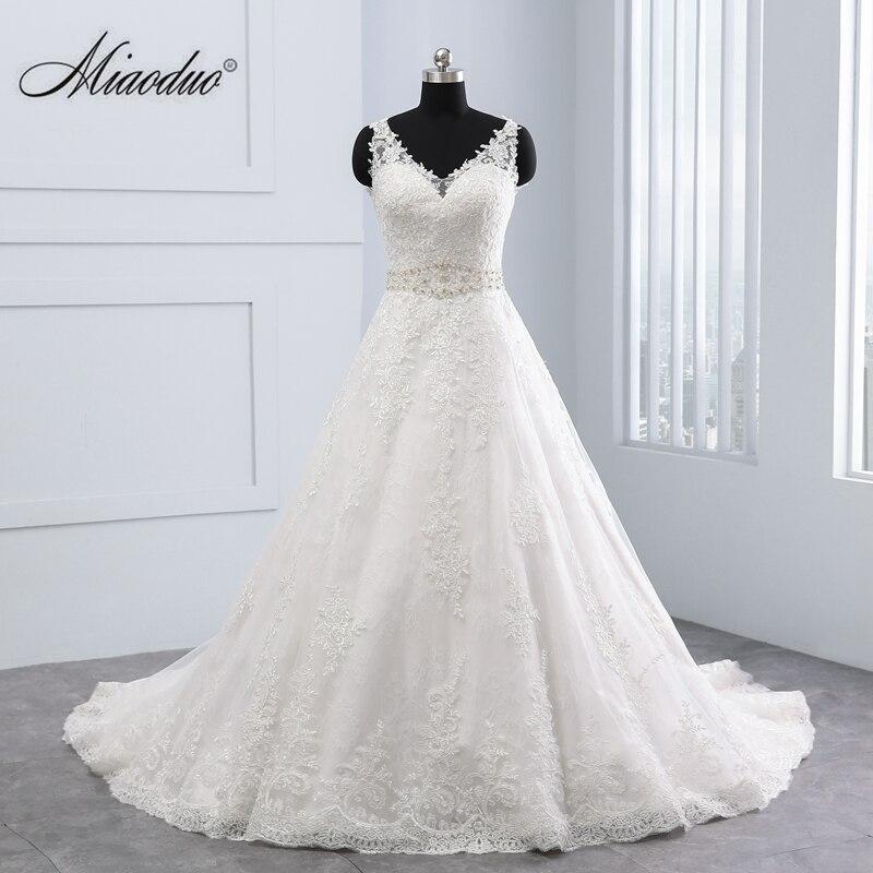 Miaoduo Vestido De Noiva New Design Ball Gown Lace Appliques Wedding Dresses 2018 V Neck Crystal