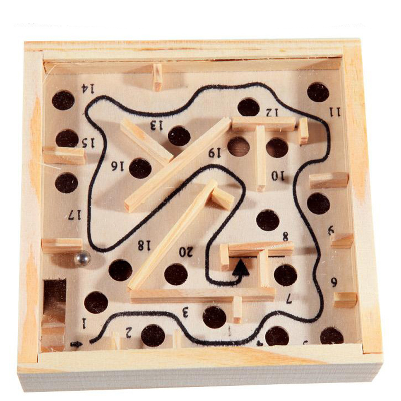 Wooden Labyrinth Board Games Ball Moving 3D Maze Puzzle Games Toys Handcrafted Montessori Toys Kids Table Balance Party Games