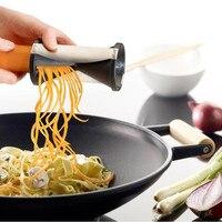 多機能手動スパイラル野菜スライサーカッターシュレッダーおろし金キッチンツール