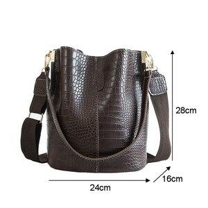 Image 5 - Ansloth Crocodile Crossbody Bag For Women Shoulder Bag Brand Designer Women Bags Luxury PU Leather Bag Bucket Bag Handbag HPS405