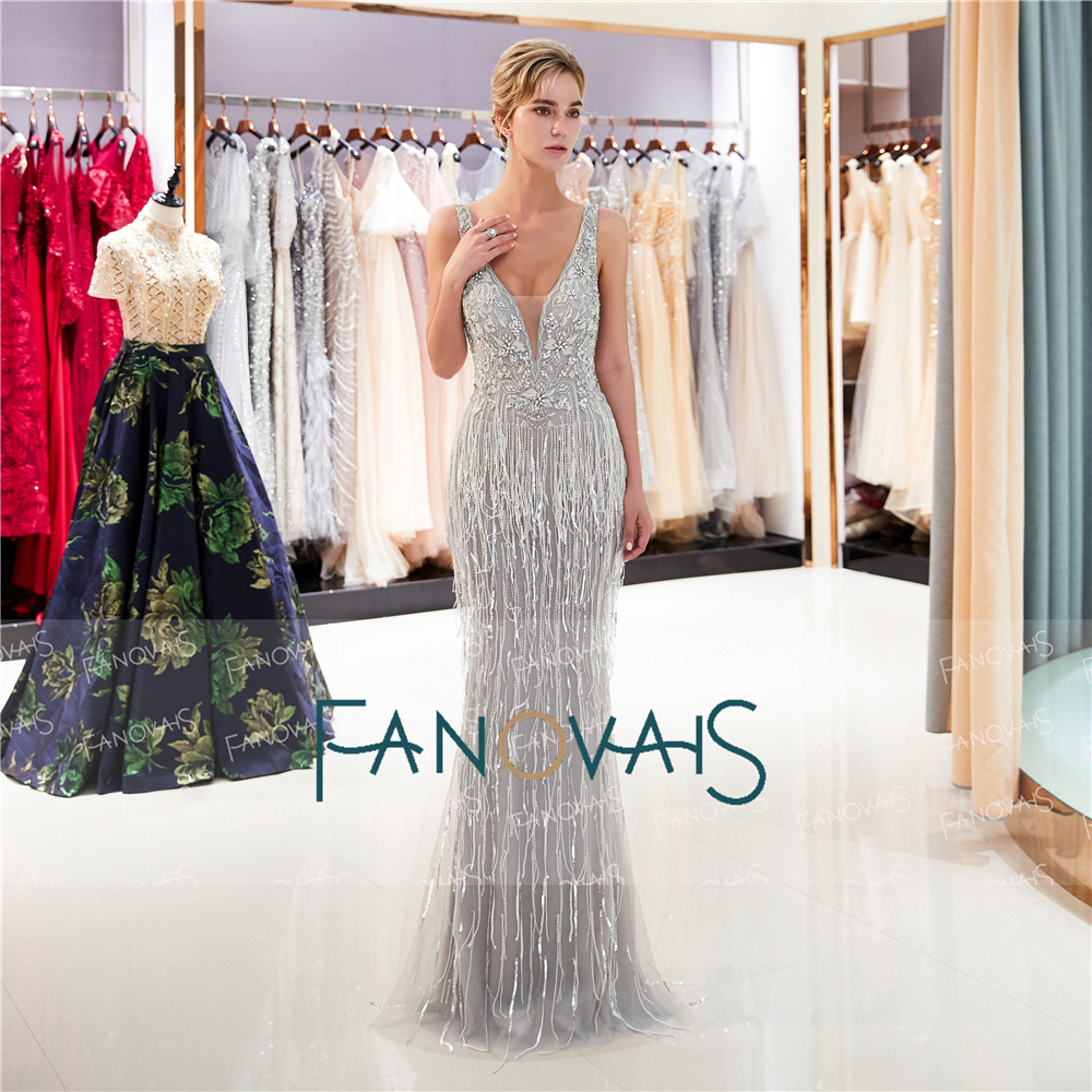 Beaded silver prom dress forecast to wear for spring in 2019
