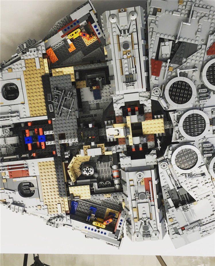 Millennium Falcon Lepin 8445pcs Compatible 75192 Star wars Series Ultimate Collectors Model Building Bricks Toys 45