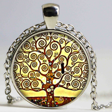2017 New Wholesale Silver Dome Tree Of Life Pendant Necklace Gustav Klimt Art Painting Jewelry Glass Cabochon Pendants HZ1