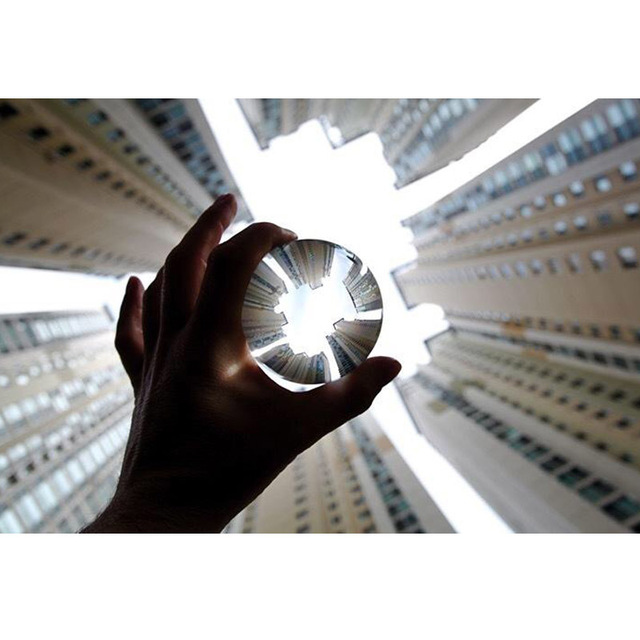 Hot Sell Magic Photography Crystal Ball Quartz FengShui Glass Crystals Craft Travel Take Pictures Table Decor Home Decors 5