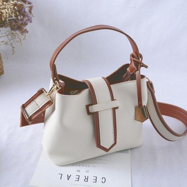 Conception Simple corée sac fourre-tout pour les femmes célèbre Designer sacs à main PU rabat mode sac à bandoulière sac à main blanc