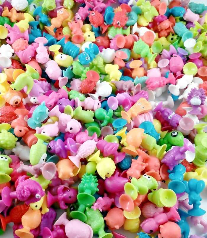 Милые мини присоски виниловая модель морской земли странный Монстр мелких животных куклы Sucker фигурки героев Детские Игрушки капсула детский подарок