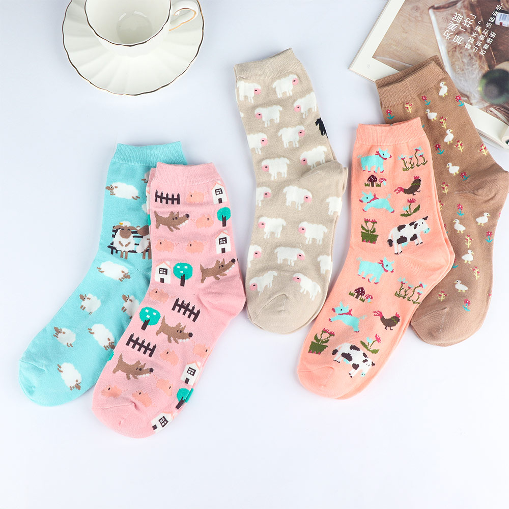 Cartoon Animal Printed Socks Women Tiny Alpaca Pattern Cotton Socks Fluffy Sheep Comfortable Cozy Funny Sock