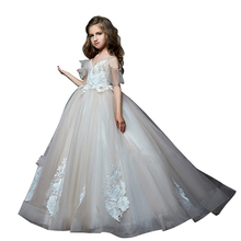 Romantic Little Girls Pageant Dresses Off Shoulder Kids Evening Ball Gowns Robe Mariage Enfant Fille White First Communion Dress 2018 new kids summer frocks girls dress baby robe fille toddler princess lace dresses children robe mariage enfant ball gowns