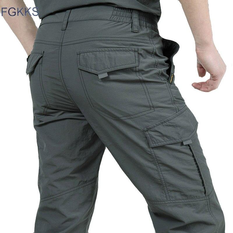 FGKKS New Arrival Men Cargo Pants Straight Loose Autumn Male Fashion Comfortable Trousers Men's Casual Pants Bottoms