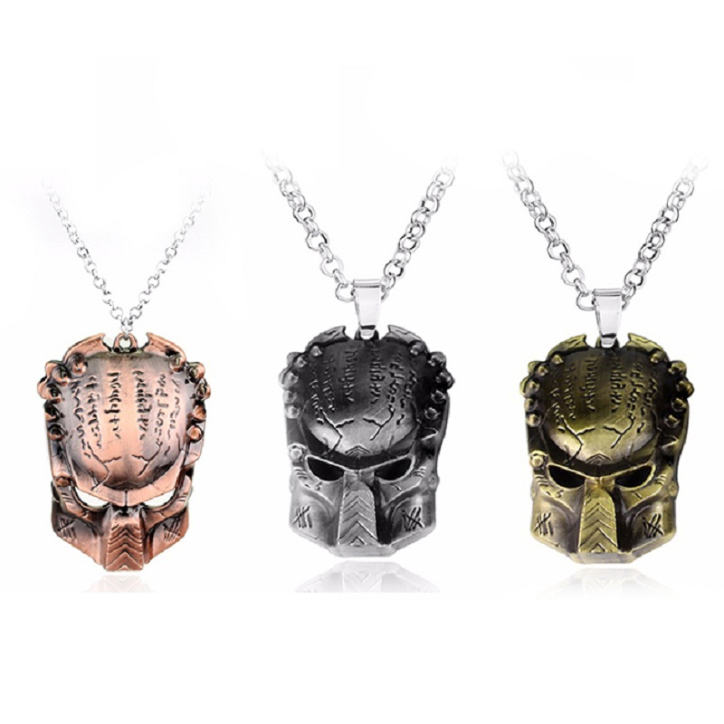Alien Predator Iron Warrior Mask Metal Pendant Necklace Movie Series Jewelry Souvenirs Cosplay Gifts
