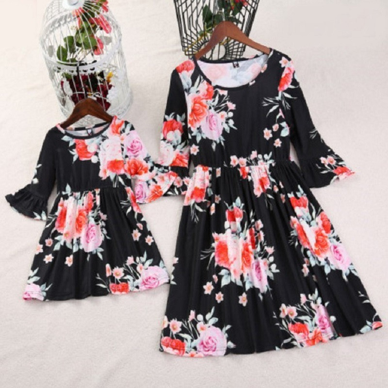 ea79ac72a0 Detail Feedback Questions about Flower Girl Dress Mother Daughter Matching  Dresses Summer Floral Sleeveless Family Clothes Mom Daughter Clothing H0054  on ...