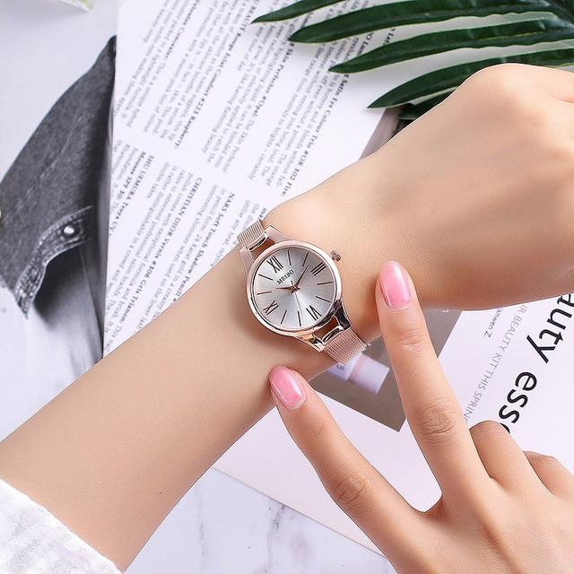 Femmes de montres de mode Broches boucle ronde en verre or rose en acier inoxydable maille ceinture horloge montre-bracelet femmes dames montre femme
