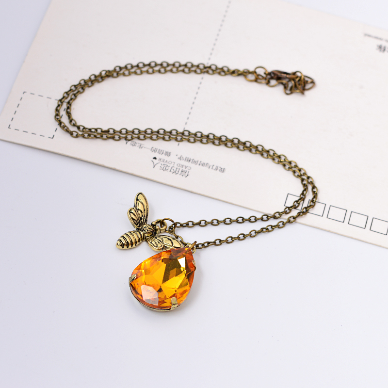 deborah product gold original by necklace com bumble pendant blyth jewellery deborahblythjewellery bee notonthehighstreet