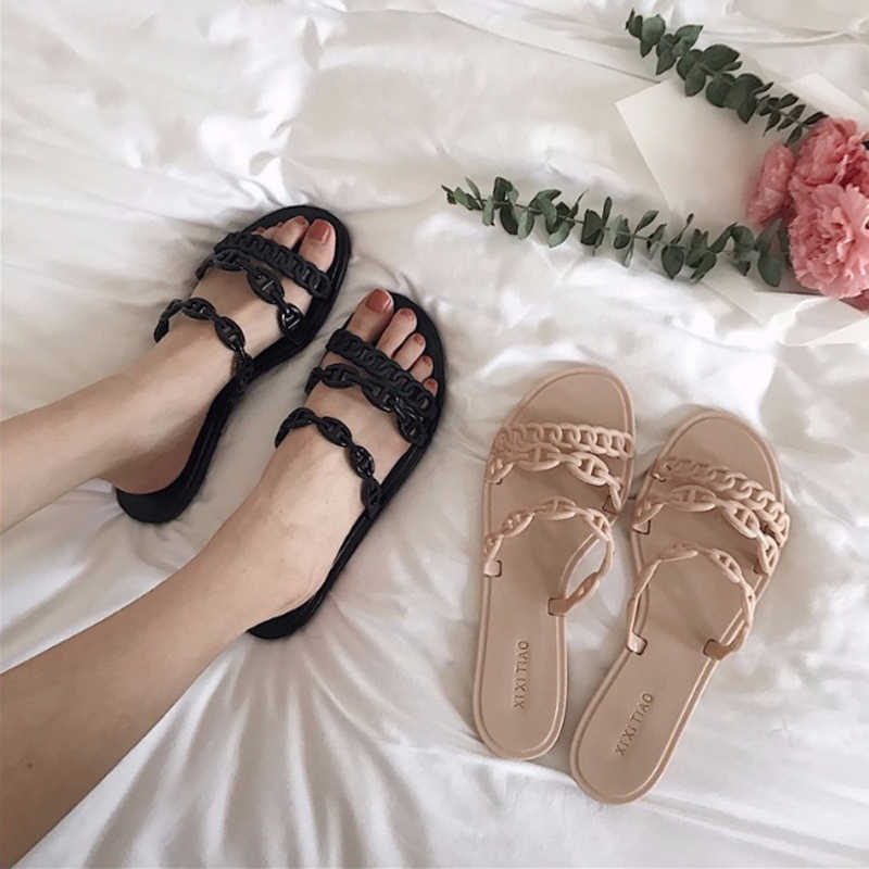 2019 Design Femme shoes brand pig nose chain summer slide holiday beach plastic jelly slipper shoes sexy flipflops brief fashion