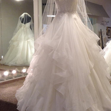 BRITNRY Elegant Sweetheart Wedding Dress Ball Gown Ruffles