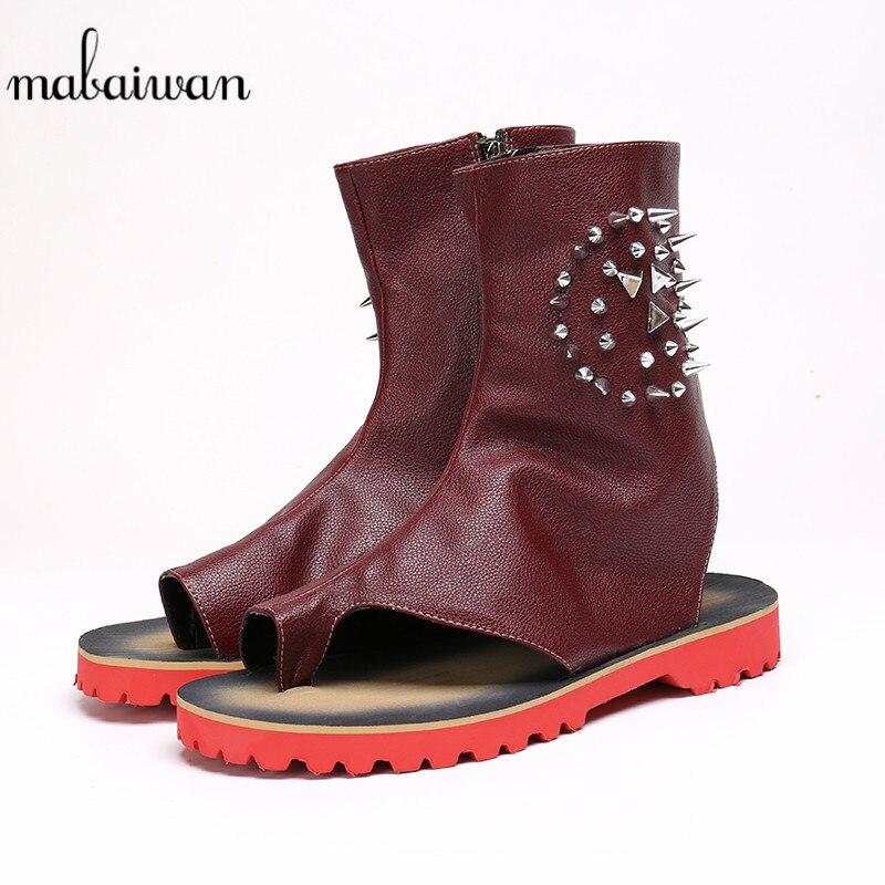 Mabaiwan mode Punk Style hommes sandales d'été en cuir gladiateur appartements or Rivet pantoufle chaussures hommes à la main bottines 38-46