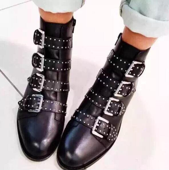 bottes cuir cloutees femme