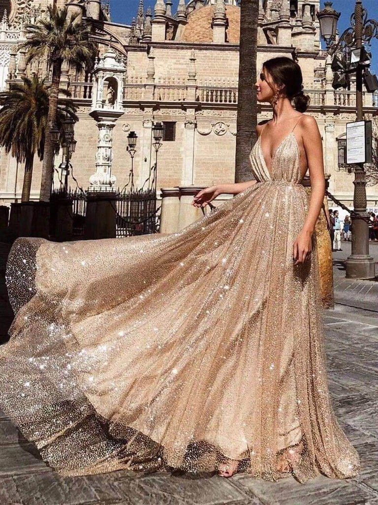 Sparkling Party Prom Gowns 2019 vestidos de graduacion A Line Spaghetti Straps V Neck Backless Sequin Gold Long Prom Dress