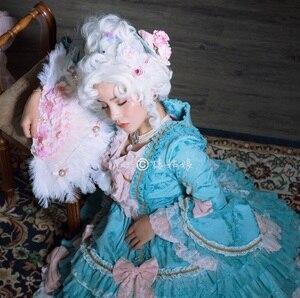 Image 3 - Marie Antoinette Принцесса средний вьющиеся волосы косплей парики + парик шапочка (без головной убор)