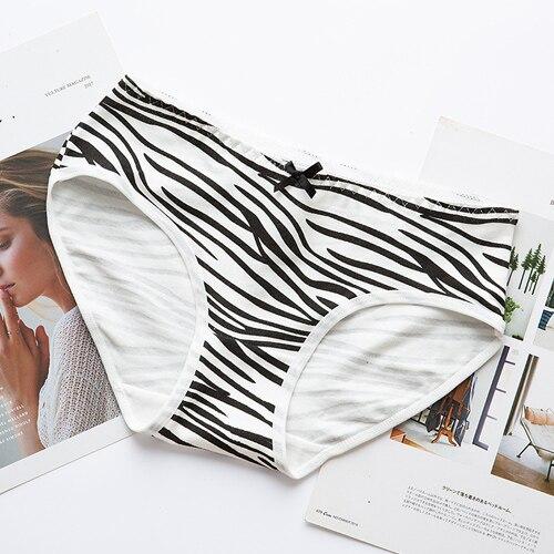 Black girl white panties turns!