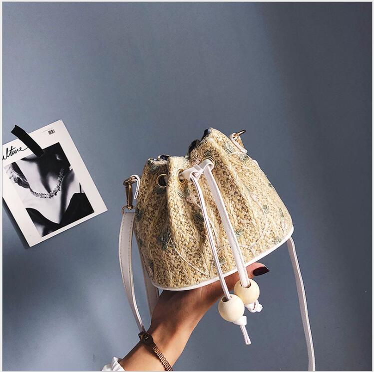 2018 mode petites femmes PU cuir seau sacs avec Appliques sacs à main perle cordon sacs à bandoulière Messenger sacs à bandoulière.