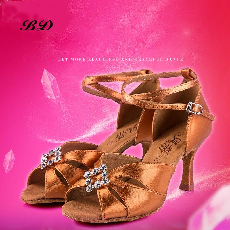 Forage sport chaussures de danse femmes strass fait à la main BD 258 salle de bal chaussures latine salon fille étudiant chaussure sandales talons hauts