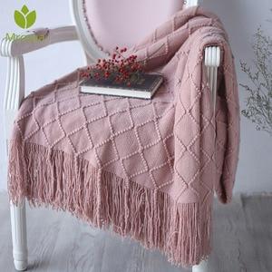 Image 1 - Новое теплое Скандинавское вязаное одеяло, покрывало на кровать, диван, плед, для путешествий, ТВ, одеяло, мягкое полотенце, кровать, плед, гобелен