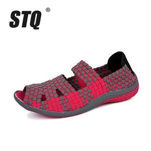 Image 2 - Sandálias femininas de verão stq 2020, sapatos baixos femininos de tecido, sandálias para senhoras, sapatos de praia flops 812,
