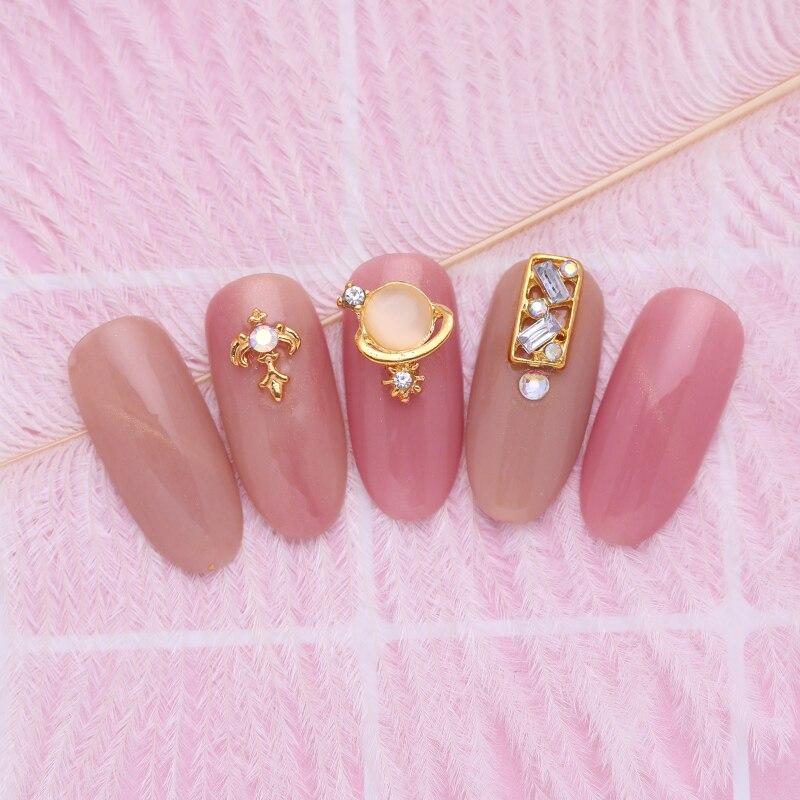 10Pcs Gold Nail Rivet Studs Mixed Pattern Crystal Beads Rhinestones 3D Nail Art Decorations Accessories Tips For DIY Nails