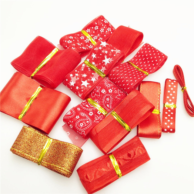 af86f360f9533 US $0.7 29% OFF|suoja 10Yards/package Lots Styles RED Mix 6 40MM Width  Printed Organza Ribbons Wedding Christmas Decorations DIY Accessories-in ...