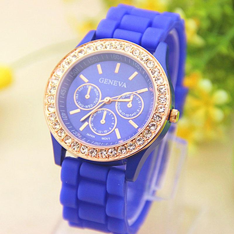 2015 New Promotion Hot Sale Geneva Watch Analog Wrist @