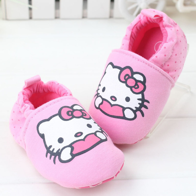 fef4632a9 2015 fashion Baby girls pink hello kitty cotton First Walkers soft sole  Antiskid cute Newborn kids moccasins Toddler Shoes
