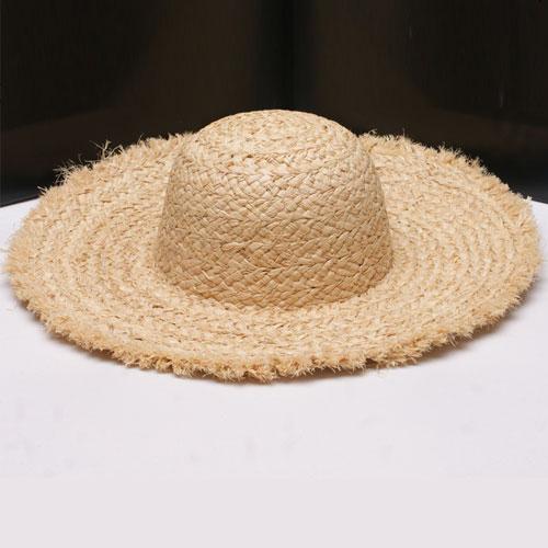 Wholesale 10pcs Womens Plain Summer Beach Sun Hats Ladies Natural Frayed  Brim Raffia Straw Hat Womens Big Wide Brimmed Straw Cap 4893edf13118