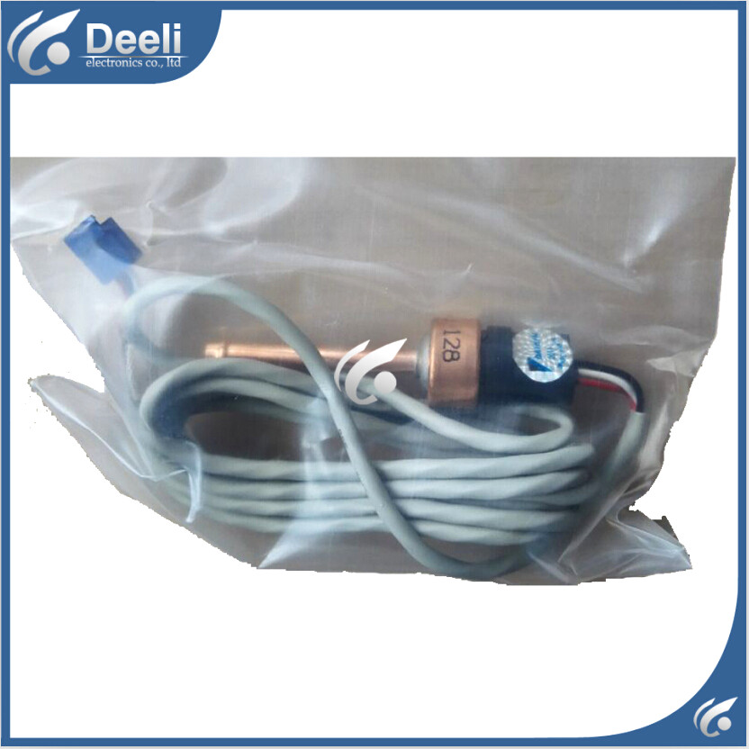 100% new for daikin Air Conditioner Sensor RHXYQ16PAY1 low pressure sensor RZP450PAY1