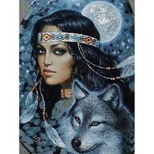 цена на Beauty and wolf diamond Embroidery diy diamond painting mosaic diamant painting 3d cross stitch pictures H701