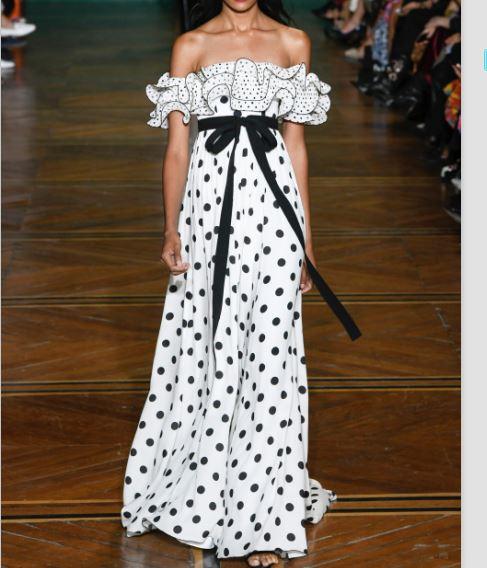 2019 Women s Runway strapless tie along the waist Ruffled off the shoulder polka dot crepe