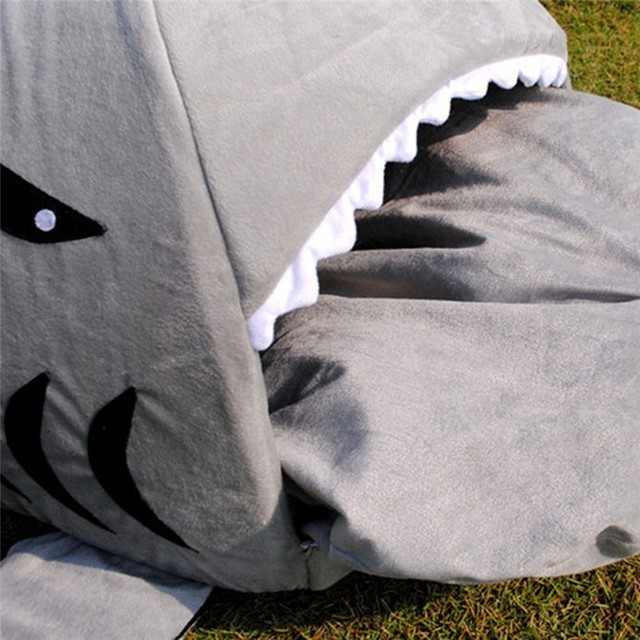 Shark Bed 8