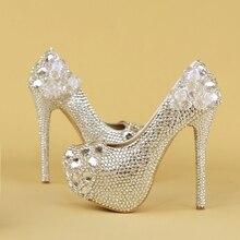 Обувь с украшением в виде кристаллов; Серебристые свадебные туфли на высоком каблуке для невесты; женские туфли на платформе с серебряными стразами